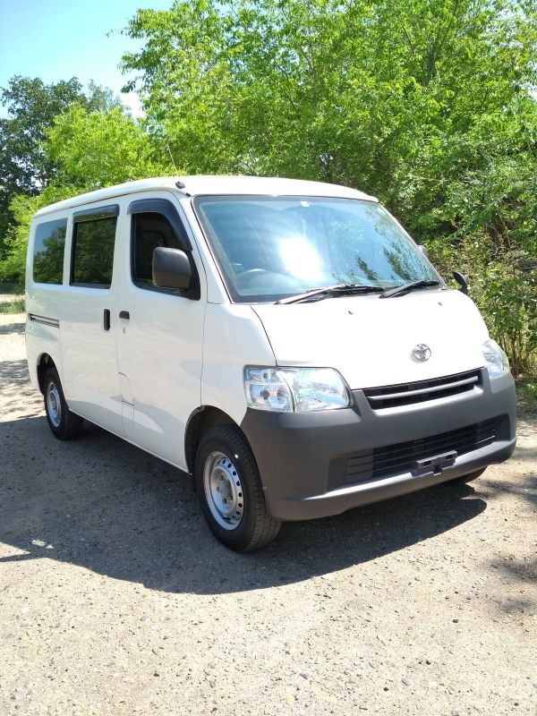 Toyota Town Ace, 2017 год, 730 000 руб.