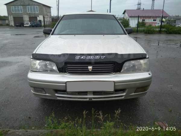 Toyota Camry, 1998 год, 220 000 руб.