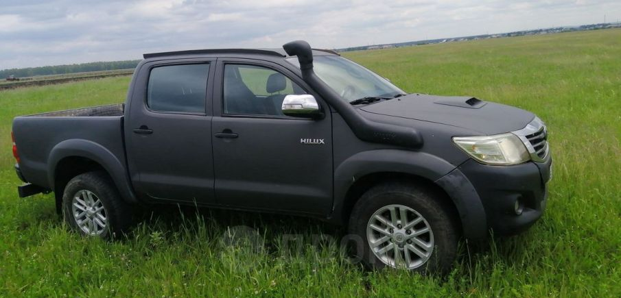 Toyota Hilux Pick Up, 2012 год, 950 000 руб.