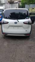 Toyota Sienta, 2017 год, 800 000 руб.