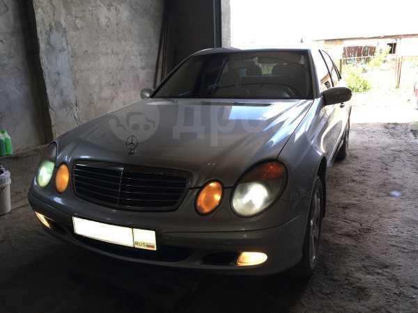 Mercedes-Benz E-Class, 2002 год, 500 000 руб.