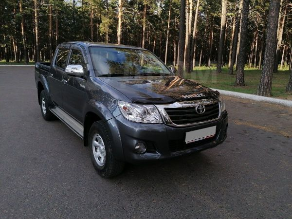 Toyota Hilux Pick Up, 2012 год, 1 295 000 руб.