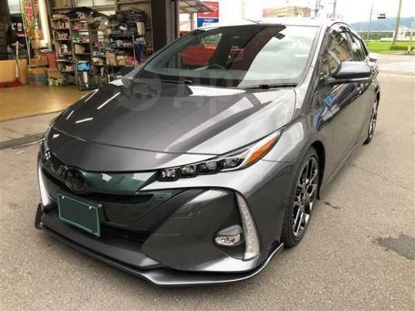 Toyota Prius PHV, 2019 год, 887 000 руб.