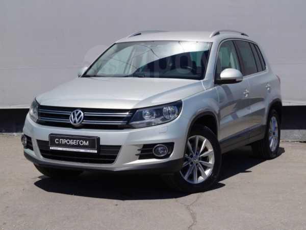 Volkswagen Tiguan, 2013 год, 825 000 руб.
