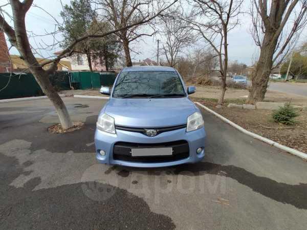 Toyota Sienta, 2012 год, 550 000 руб.
