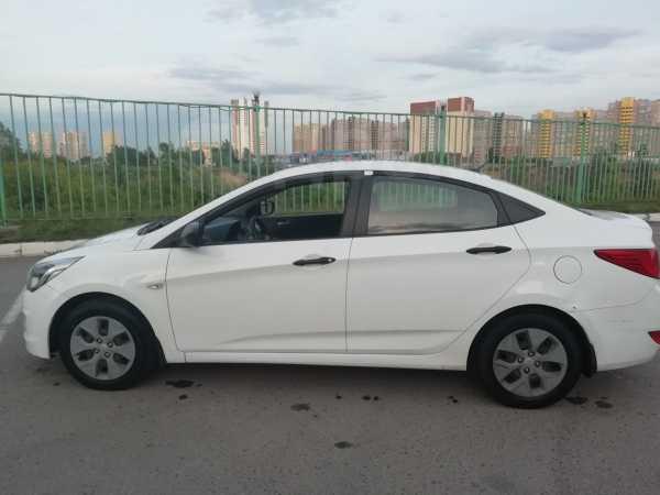 Hyundai Solaris, 2015 год, 380 000 руб.