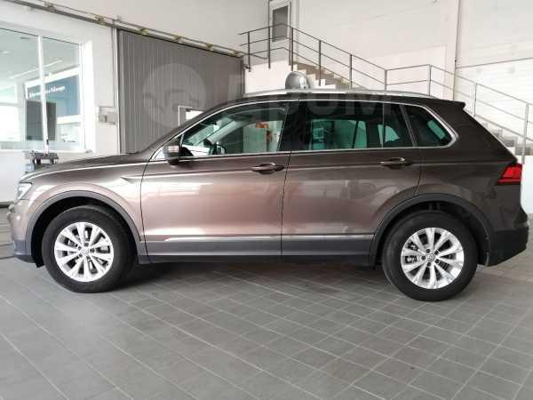 Volkswagen Tiguan, 2017 год, 1 489 000 руб.