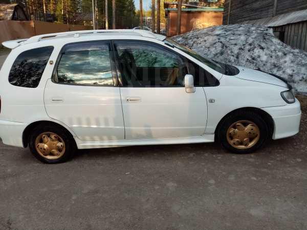 Toyota Corolla Spacio, 1999 год, 150 000 руб.