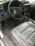 Nissan Patrol, 2001 год, 560 000 руб.