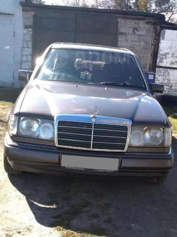 Mercedes-Benz E-Class, 1993 год, 170 000 руб.