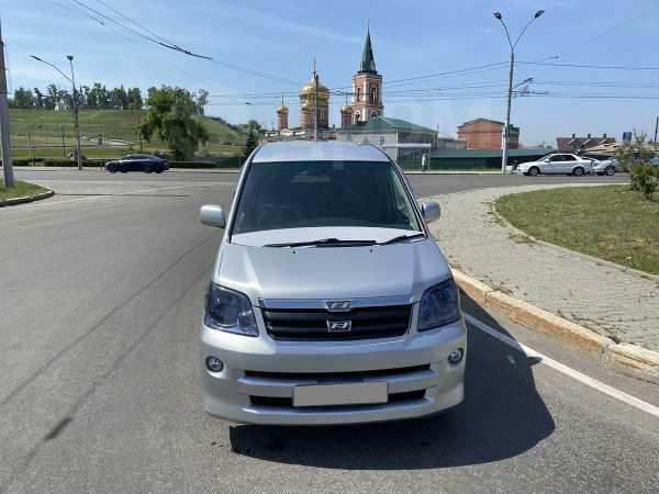 Toyota Noah, 2001 год, 489 000 руб.