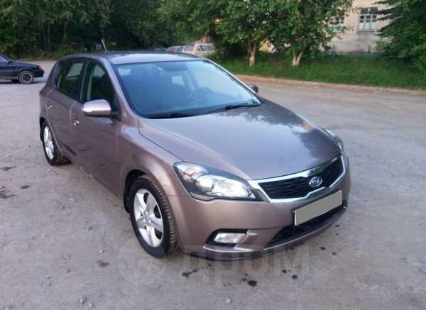 Kia Ceed, 2010 год, 425 000 руб.