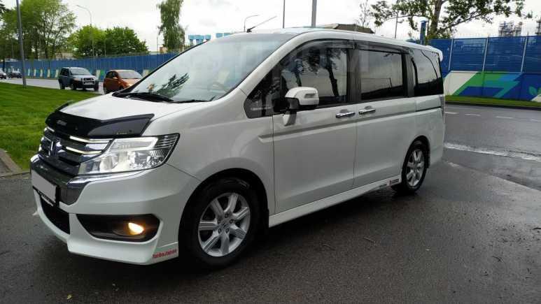 Honda Stepwgn, 2014 год, 930 000 руб.