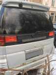 Nissan Caravan Elgrand, 1988 год, 350 000 руб.