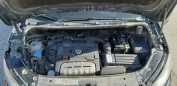 Volkswagen Touran, 2010 год, 499 999 руб.