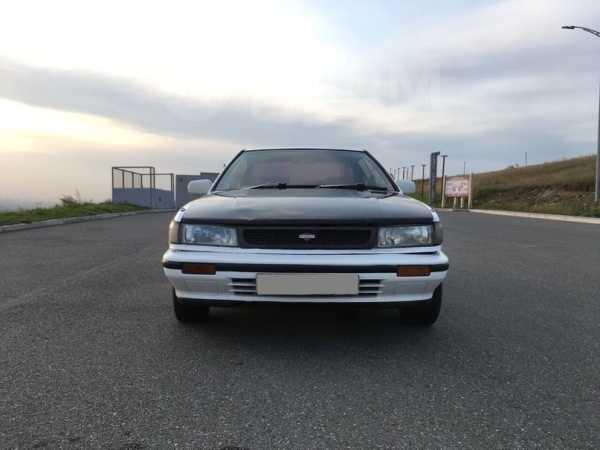 Nissan Bluebird, 1990 год, 105 000 руб.