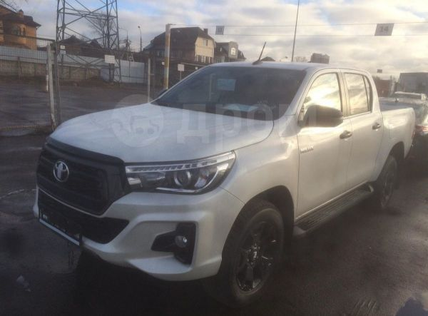 Toyota Hilux Pick Up, 2019 год, 2 930 000 руб.