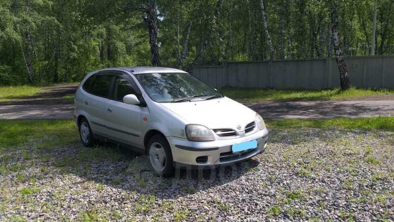 Nissan Tino, 2001 год, 235 000 руб.