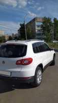 Volkswagen Tiguan, 2009 год, 630 000 руб.