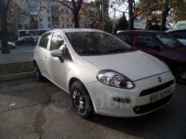Fiat Grande Punto, 2012 год, 260 000 руб.