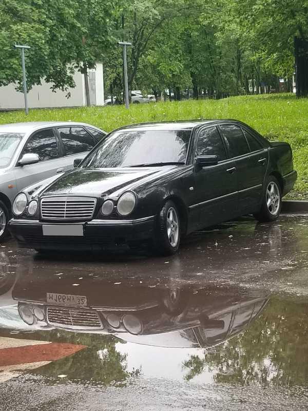 Mercedes-Benz E-Class, 1999 год, 260 000 руб.