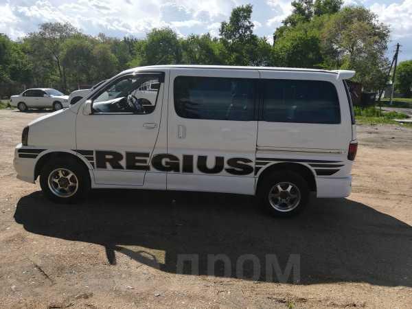 Toyota Regius, 2001 год, 750 000 руб.