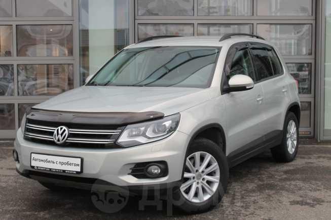 Volkswagen Tiguan, 2012 год, 679 000 руб.