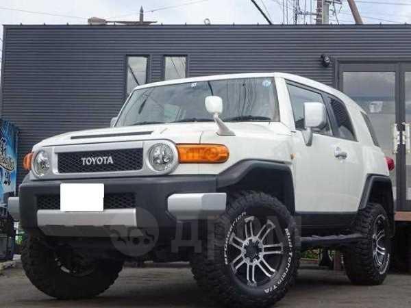 Toyota FJ Cruiser, 2011 год, 1 040 000 руб.