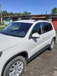 Volkswagen Tiguan, 2011 год, 630 000 руб.