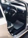 Toyota Prius, 2011 год, 550 000 руб.