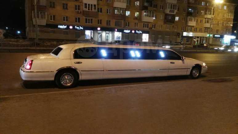 Lincoln Town Car, 1999 год, 490 000 руб.