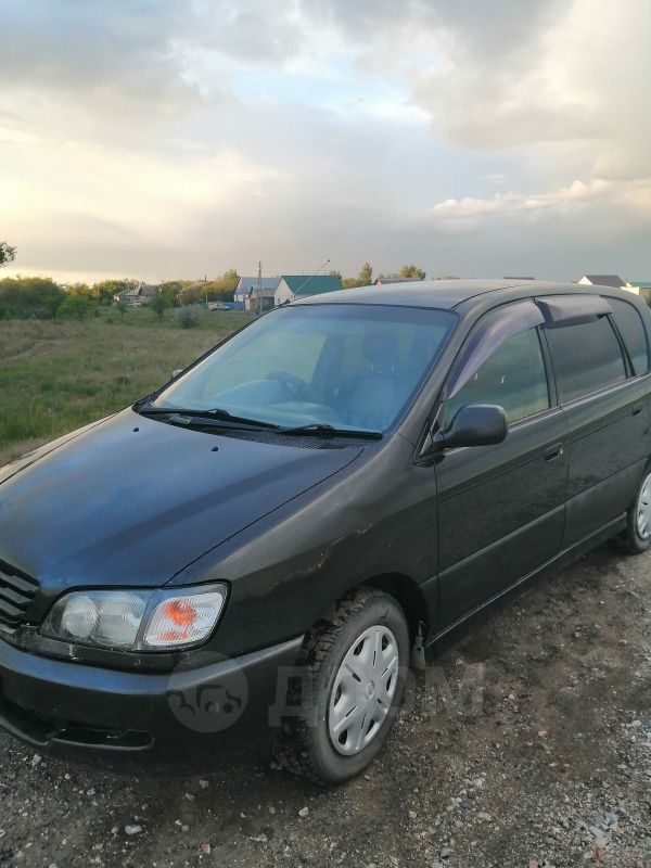 Toyota Ipsum, 1998 год, 283 000 руб.