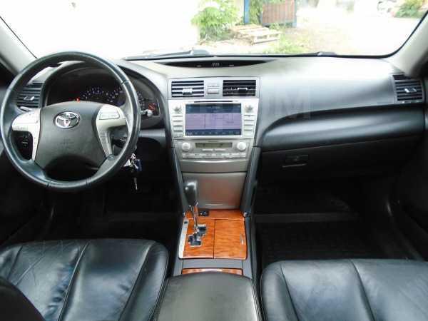 Toyota Camry, 2009 год, 595 000 руб.