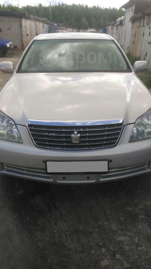 Toyota Crown, 2004 год, 820 000 руб.