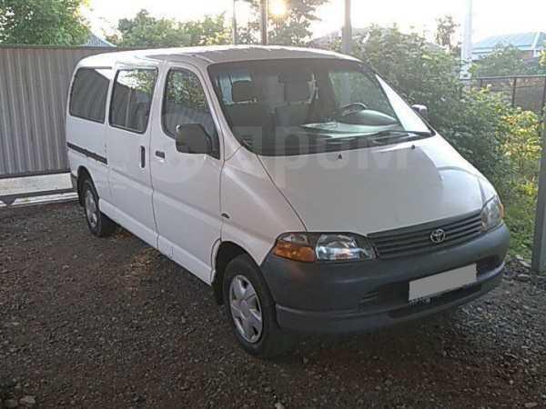 Toyota Hiace, 2004 год, 350 000 руб.