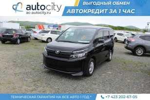 Владивосток Toyota Voxy 2016