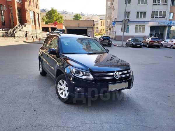 Volkswagen Tiguan, 2013 год, 980 000 руб.