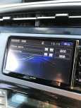 Toyota Prius PHV, 2014 год, 990 000 руб.