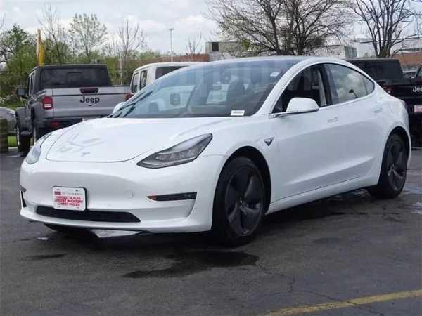 Tesla Model 3, 2019 год, 3 500 000 руб.