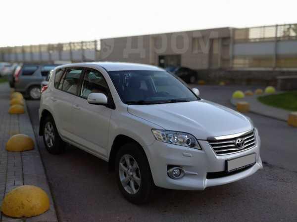 Toyota RAV4, 2010 год, 950 000 руб.