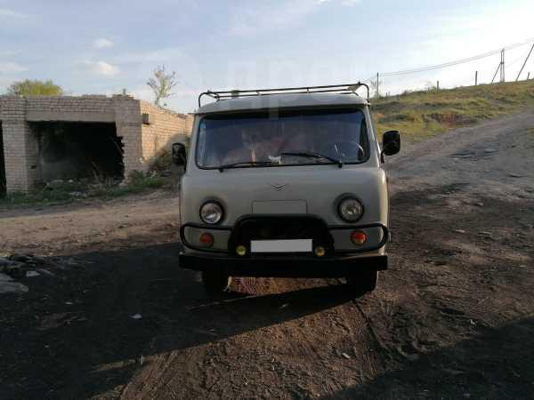 УАЗ Буханка, 2003 год, 300 000 руб.