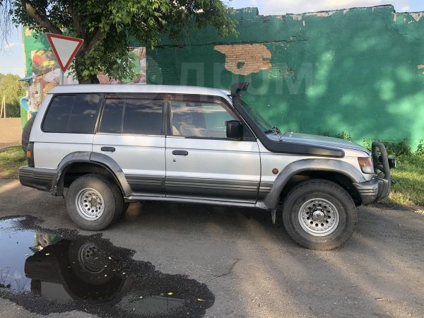 Mitsubishi Pajero, 1990 год, 250 000 руб.