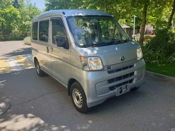 Toyota Pixis Van, 2015 год, 420 000 руб.