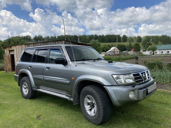 Nissan Patrol, 2003 год, 630 000 руб.