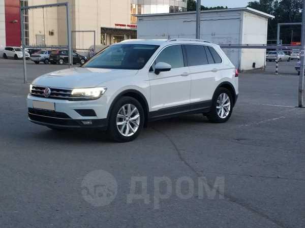 Volkswagen Tiguan, 2018 год, 1 998 000 руб.