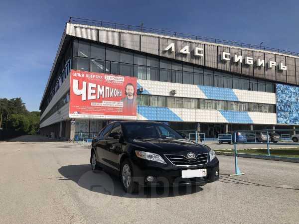 Toyota Camry, 2011 год, 930 000 руб.