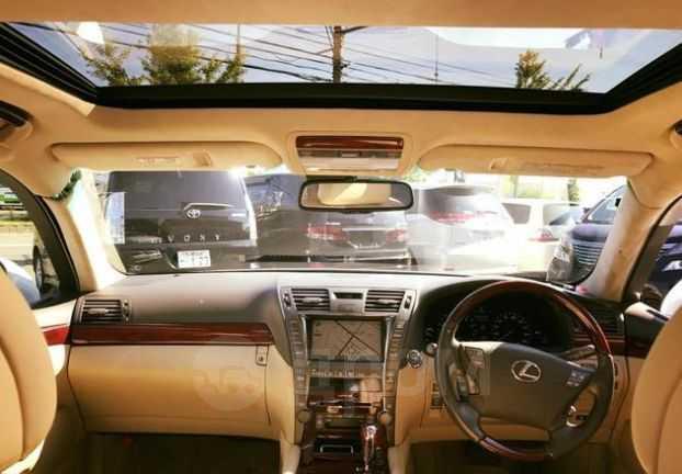 Lexus LS600h, 2007 год, 400 000 руб.