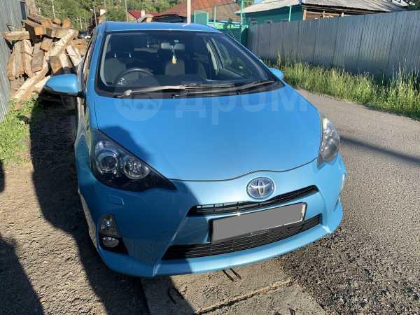 Toyota Aqua, 2012 год, 530 000 руб.