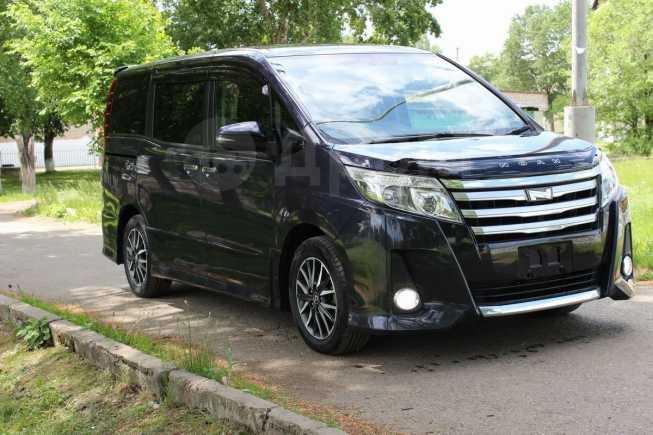 Toyota Noah, 2015 год, 1 185 000 руб.