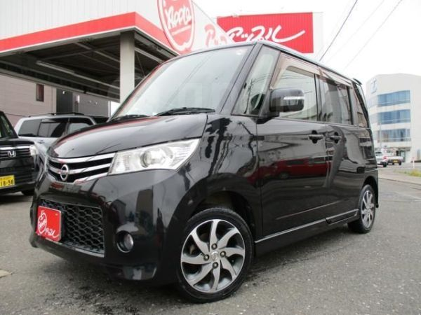 Nissan Roox, 2012 год, 580 770 руб.